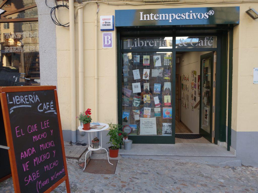 Entrada Librería Intempestivos Segovia